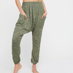 Free People Green Joggers sz S NWT